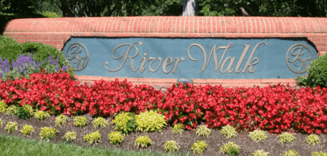 homes for sale in simpsonville sc